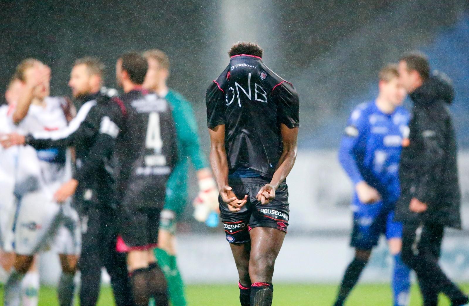 Vålerengas Abdi Ibrahim er litt frustrert etter å ha tapt mot Haugesund.