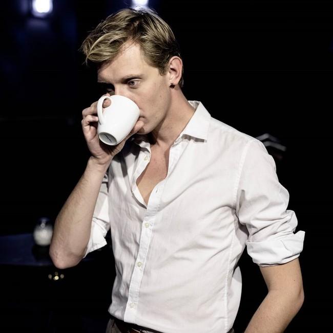 Mats Moe med kaffe