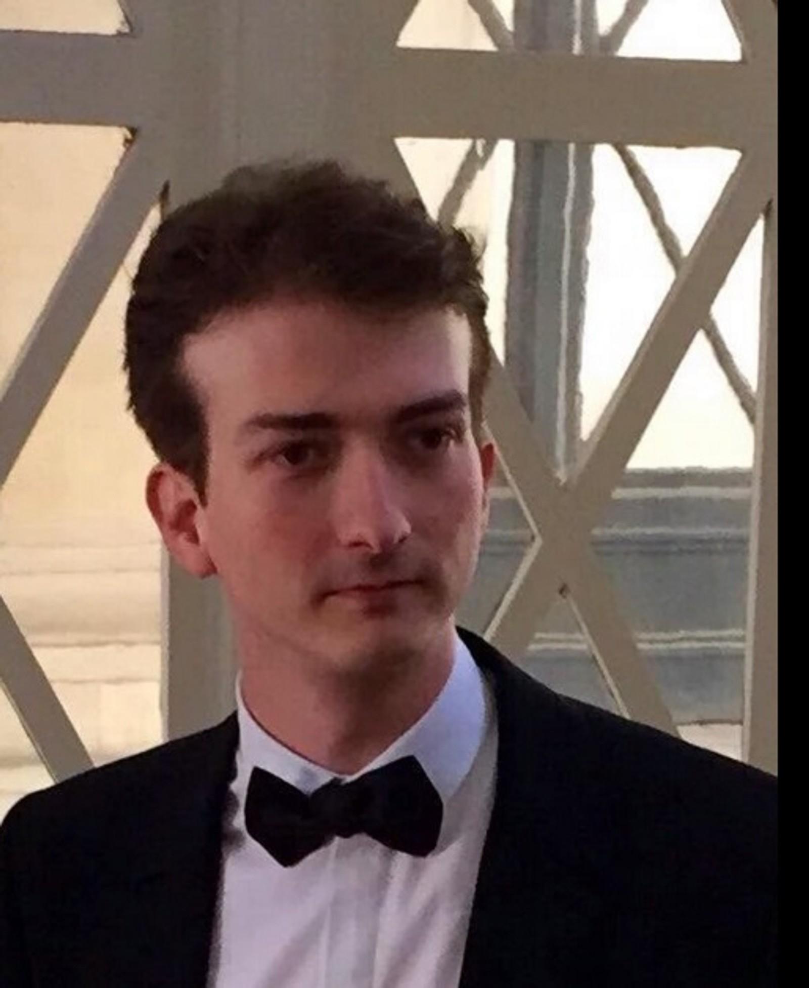 DREPT: Franske Quentin Boulenger Quentin Boulenger (29) jobbet i sminkemerket L'Oreal i Paris. Han døde på Eagles-konserten i Bataclan konserthus.