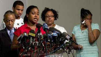 USA-NEW YORK/GARNER Erica Garner, daughter of Eric Garner, speaks during a news conference at the National Action Network in New York