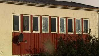 Knuste vinduer på Senjehesten