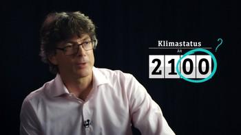 Hvorfor gjør vi så lite når vi vet så mye? Per Espen Stoknes er klimapsykolog ved BI. Han viser hvilke mekanismer det er i oss som gjør oss til klimasinker, selv om vi vet bedre.  Episode 1:10 Distanse. Det skjer ikke meg.