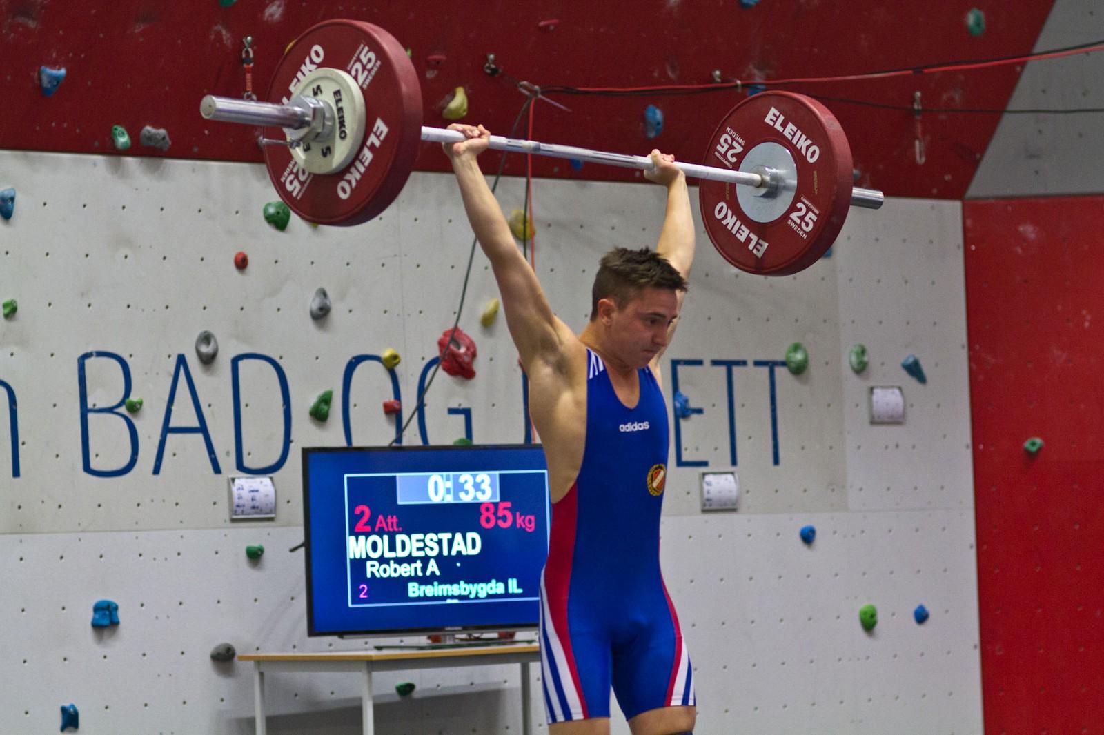 Robert Andre Moldestad sytte for heimejubel med gull i 62 kilosklassa.