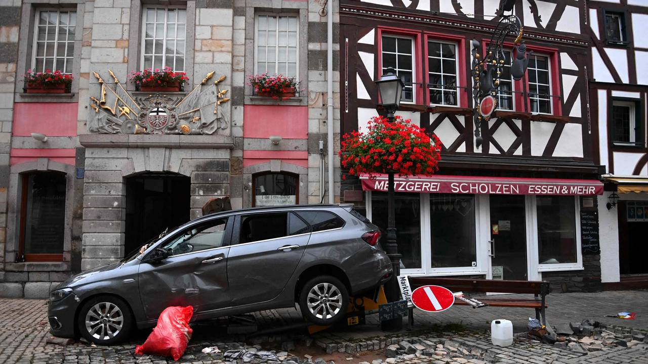 Vannet har gjort store ødeleggelser  i Ahrweiler-Bad Neuenahr