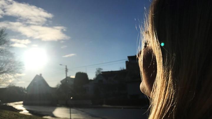 Sol i fjeset - Foto: Anette Torjusen/NRK