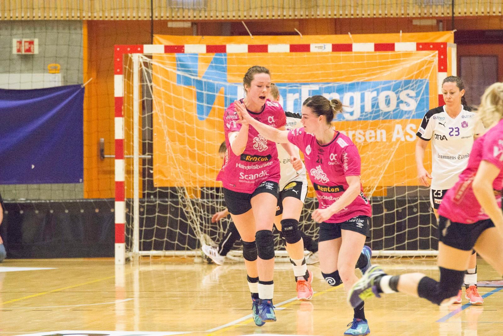 Kari Brattset og Jeanett Kristiansen, Vipers