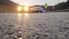 OBS-VARSEL: Meteorologisk institutt sendte ut et OBS-varsel om svært glatte veier i sju fylker. Varselet gjelder frem til klokken 15 onsdag ettermiddag. Illustrasjonsbilde.