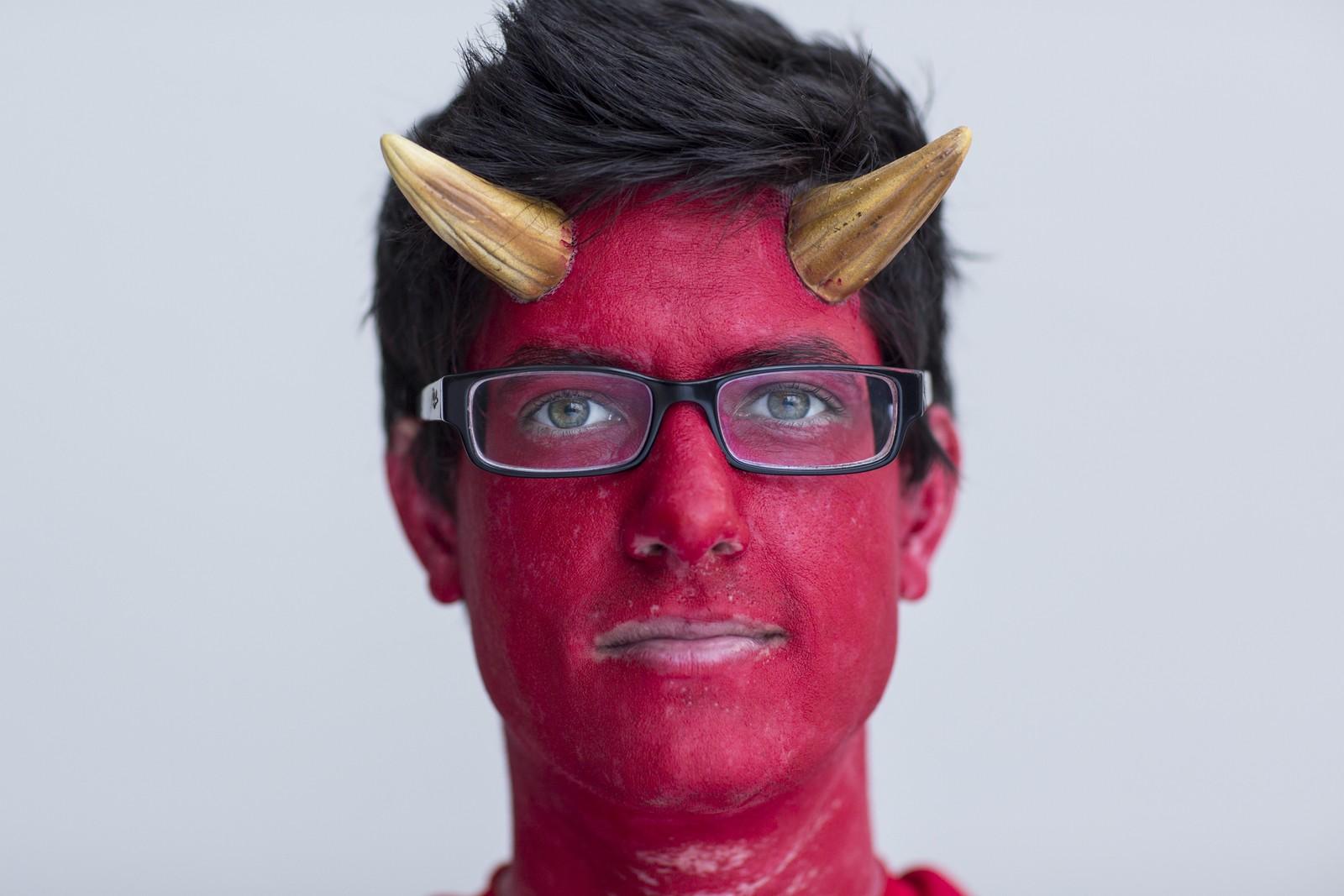 Dennis Mooney stilte opp på tegneseriemessa Comic Con i New York utkledd som en djevel.