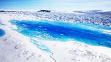 Smeltevann på Helheim-breen på Grønland 19. juni i år.