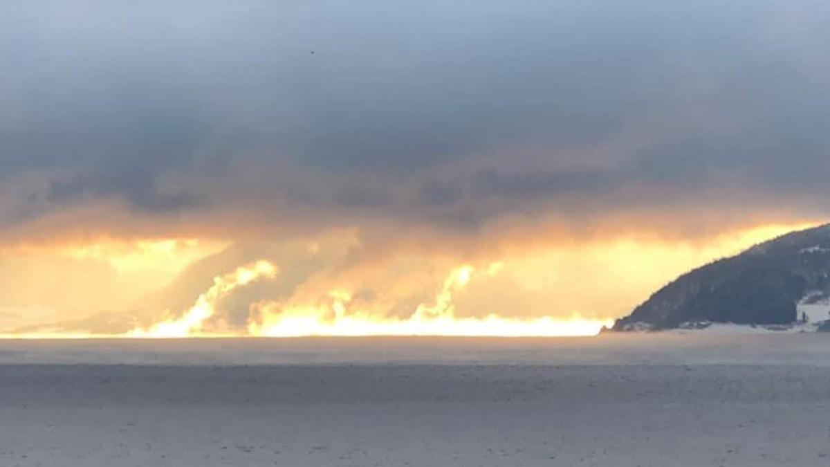 Sollys reflekteres over Trondheimsfjorden