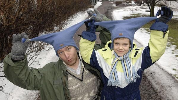 """Når Ville ikke vil noe skriker han """"Nei, nei, nei"""" - så  naboene skvetter høyt. Forteller: Jonas Nerland. Finsk dramaserie."""
