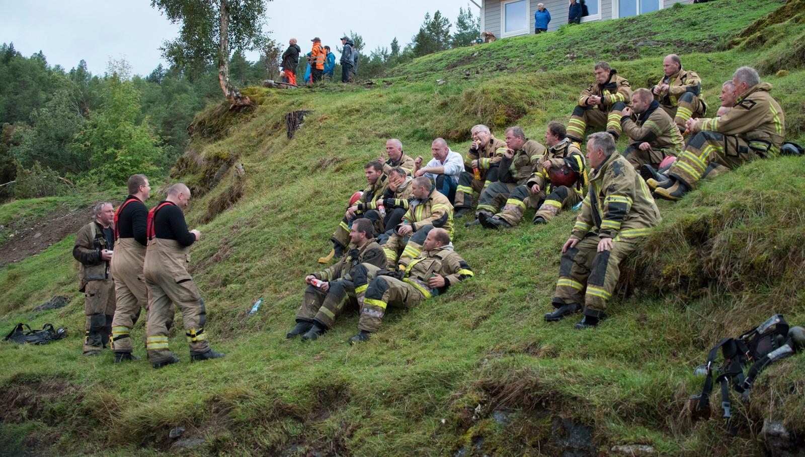 Det var brannfolk frå Stryn og instruktørar frå Florø med på øvinga.