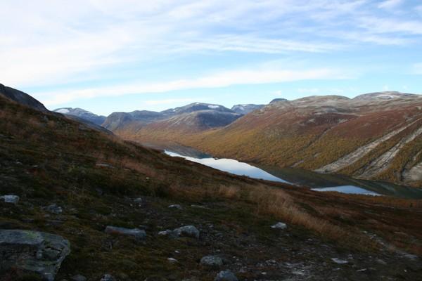 Utsikt mot Ulvådalsvatnet - Foto: Ålesund-Sunnmøre Turistforening