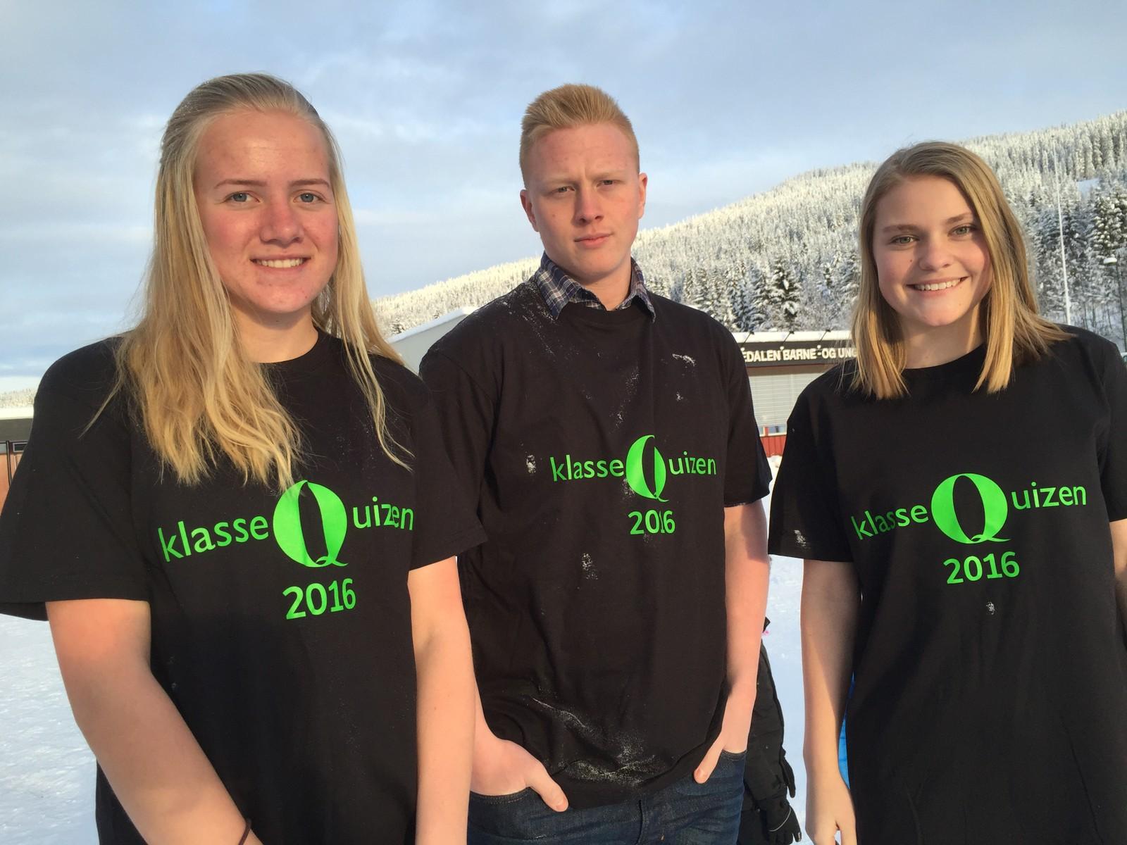 Lina Haugen, Lars Andreas Huset og Rønnaug Øverby fra Hedalen barne- og ungdomsskole fikk 10 poeng i Klassequizen.