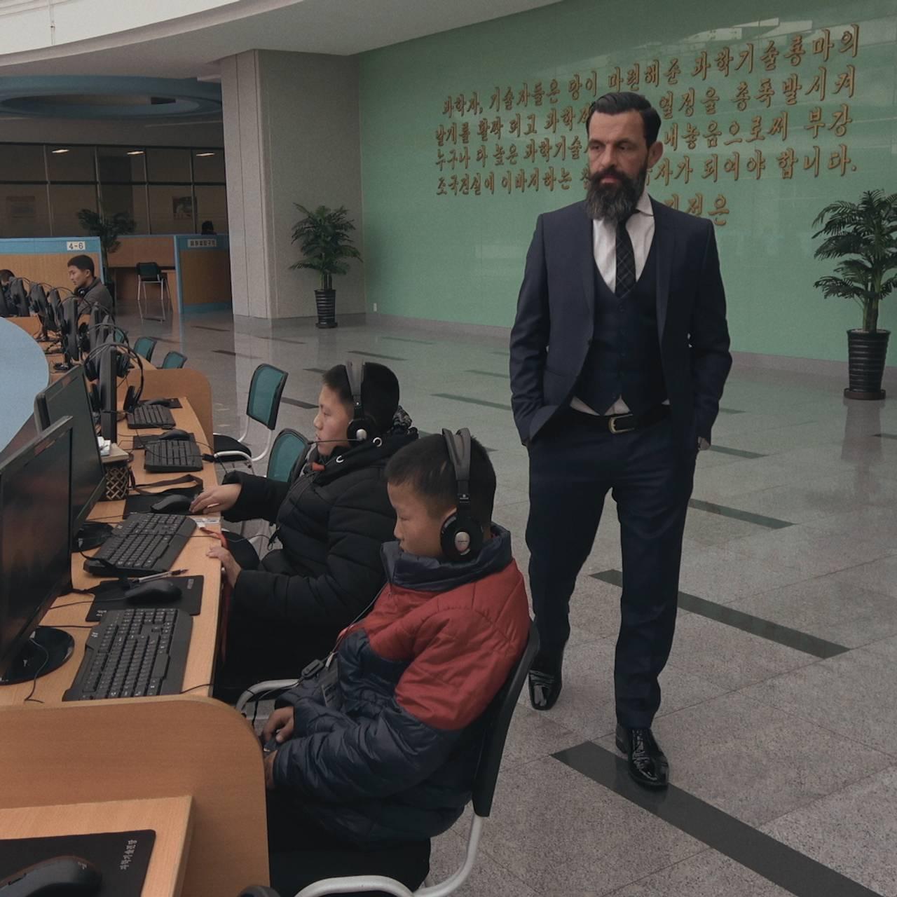 EHAM k3 - bildesveip fra Pyongyang