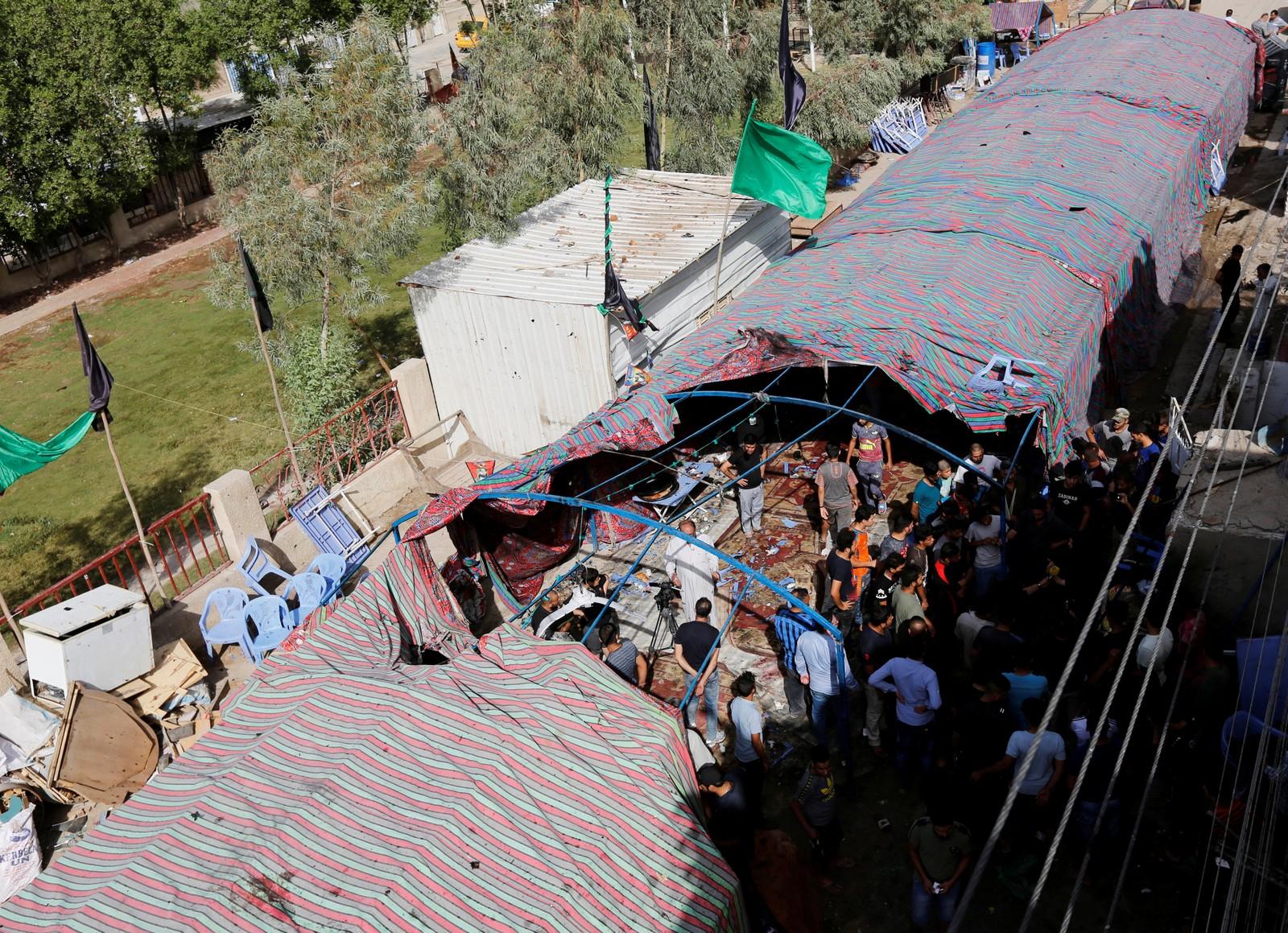 Teltet der ei sjølvmordsbombe vart løyst ut. Minst 55 menneske vart drepne.
