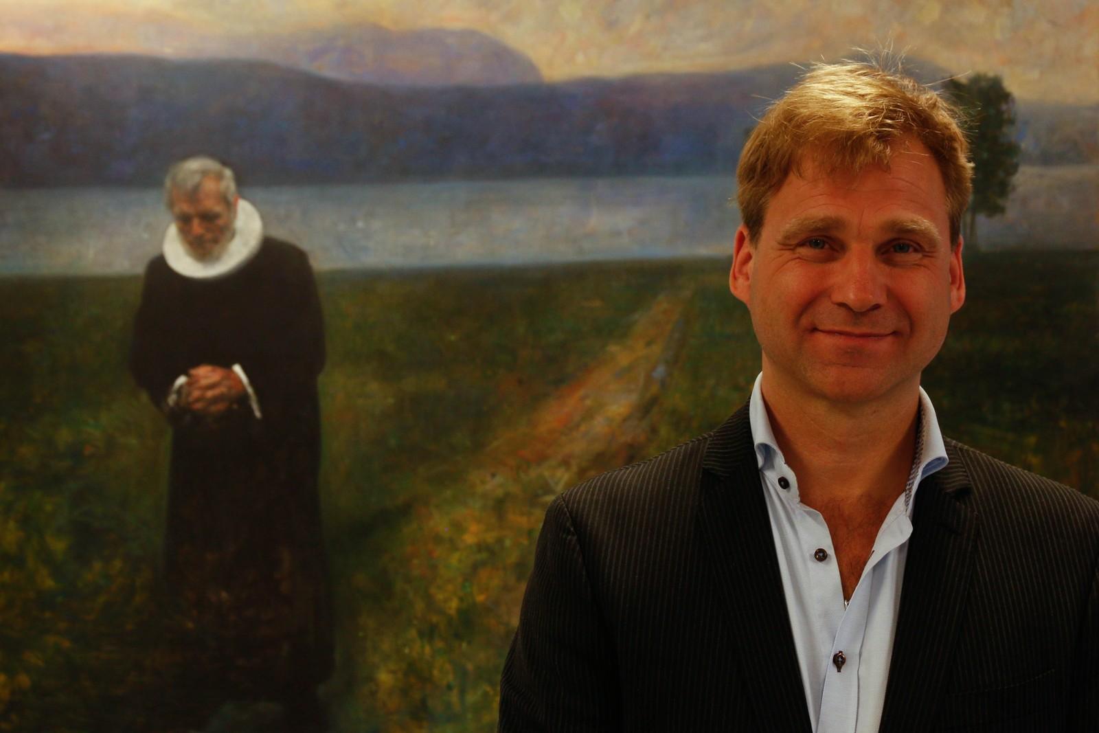 Vebjørn Sand har heldt på som biletkunstnar i over 30 år. – Eg har stått på mine ideal, seier han.