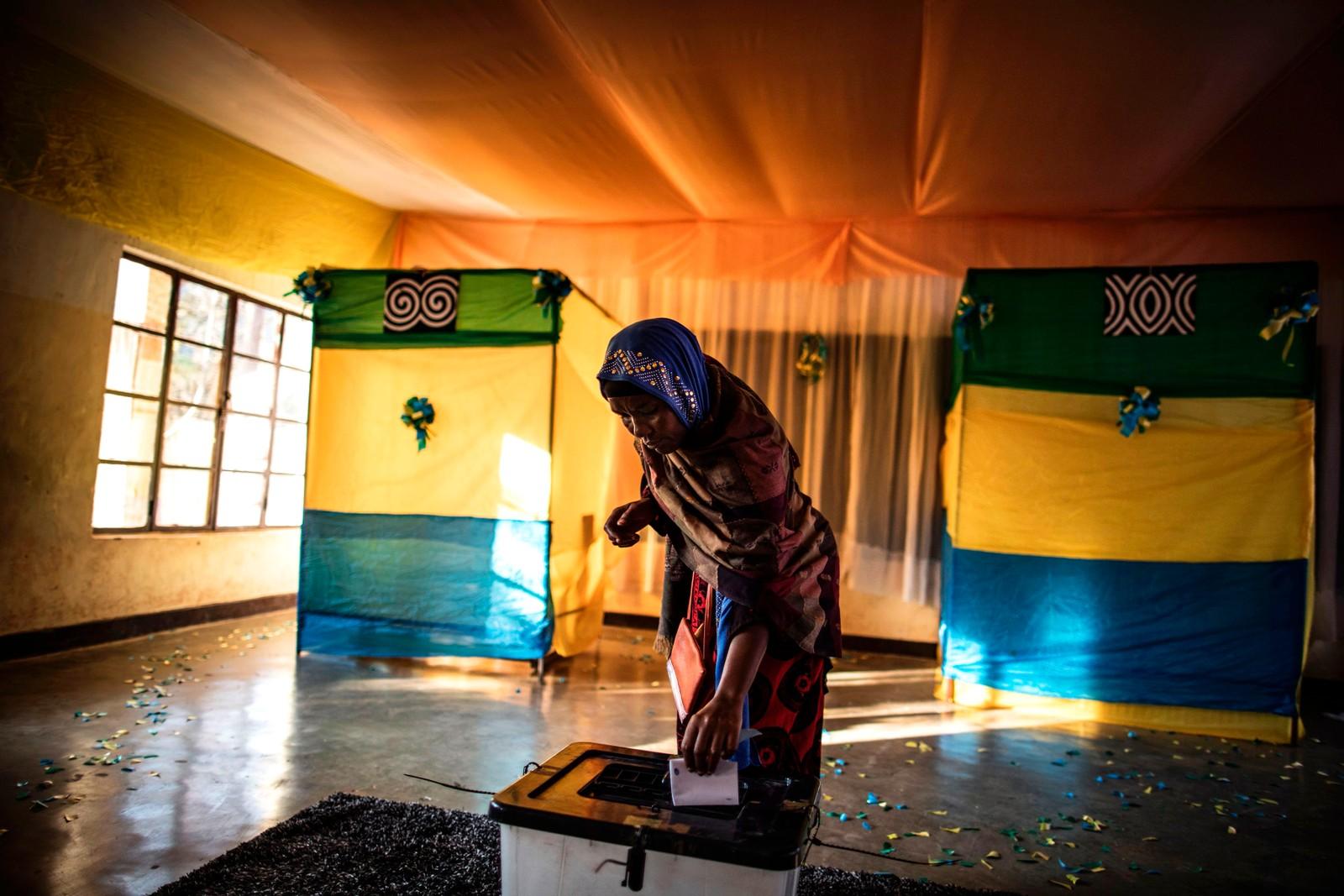 Presidentvalg i Kigali i Rwanda. Det er forventet at den sittende presidenten Paul Kagame igjen går seirende ut av valget.