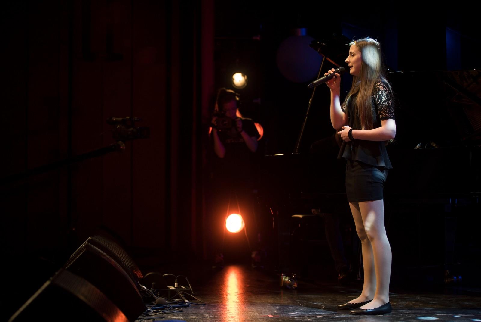 GLOPPEN: Mariann Endal Husevåg - When I look at you