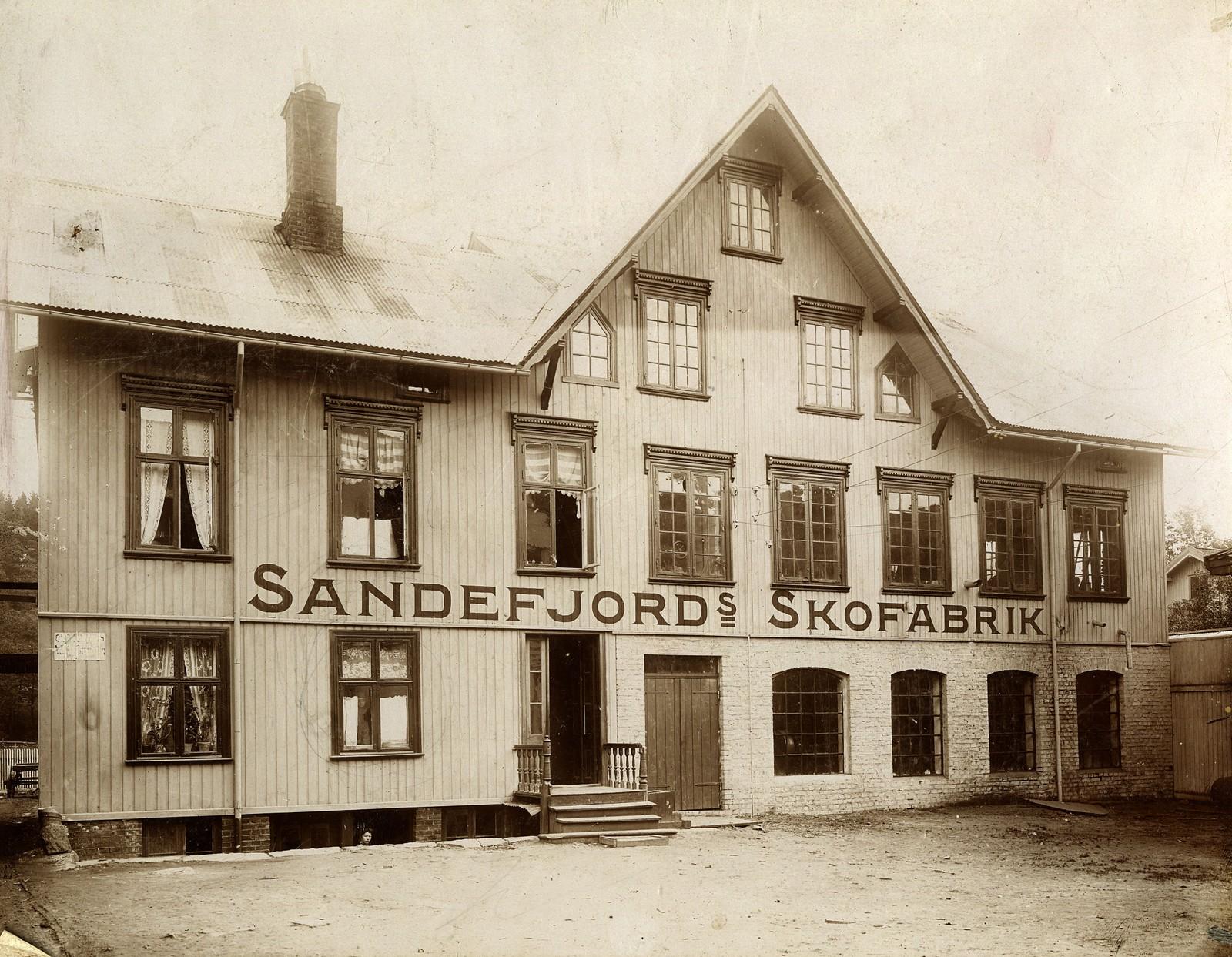 Sandefjord Skofabrikk AS, den første fabrikkbygningen.