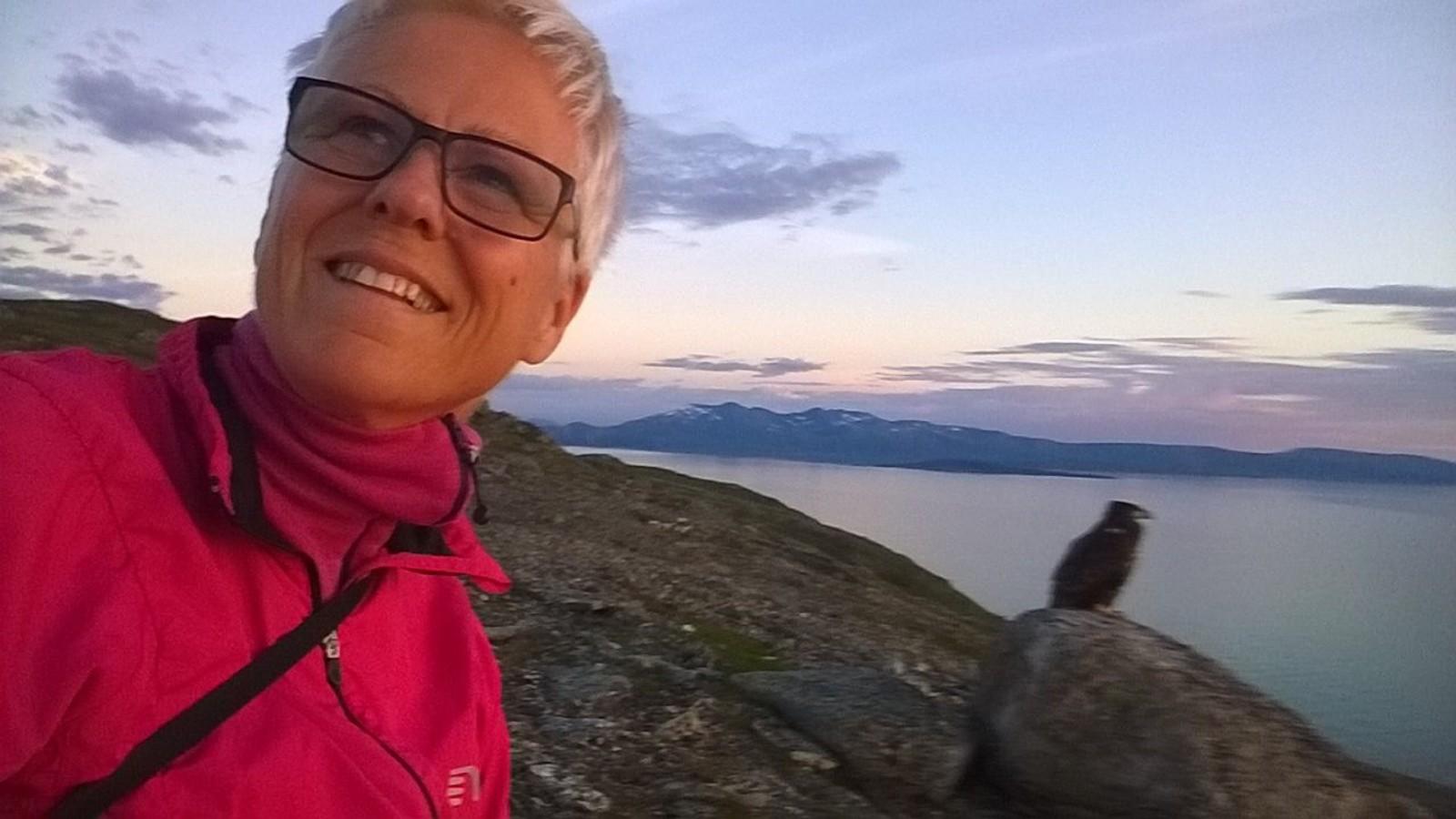 Laila Sletten tok en selfie med havørna før hun dro.