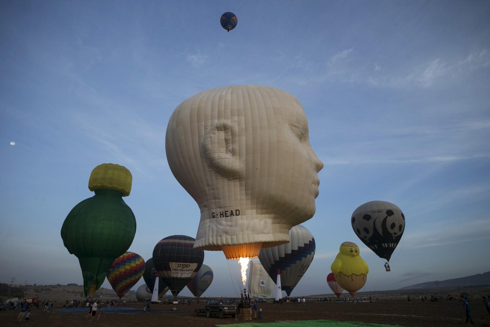 En luftballong-festival ble arrangert i Maayan Harod National park i Israel.