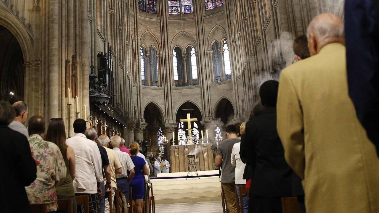 Korset i Notre-Dame før brannen