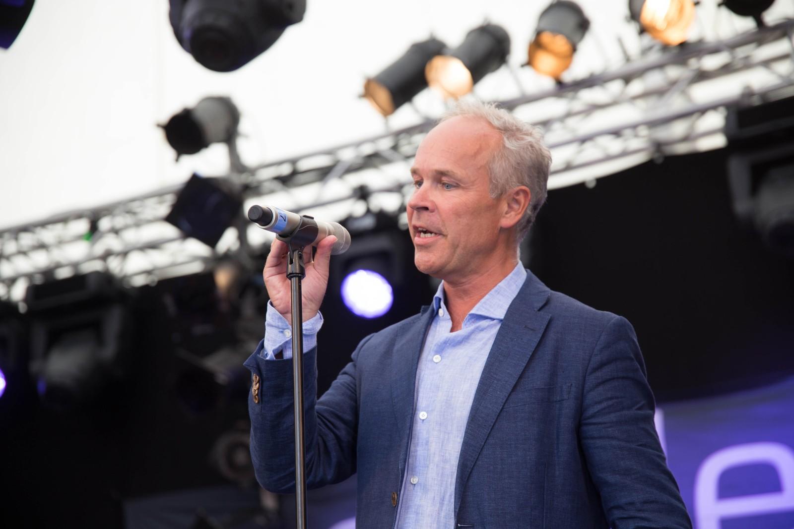 Jan Tore Sanner sto for den høytidelige åpningen.