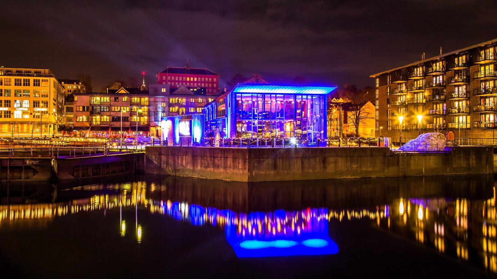 Januar: Dokkhuset på Nedre Elvehavn