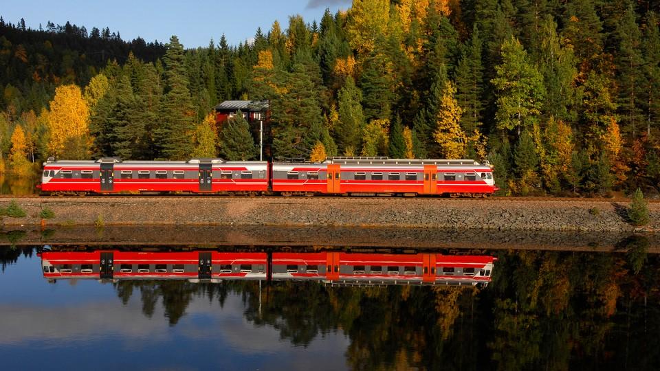 Arendalsbanen - en reise gjennom 100 år