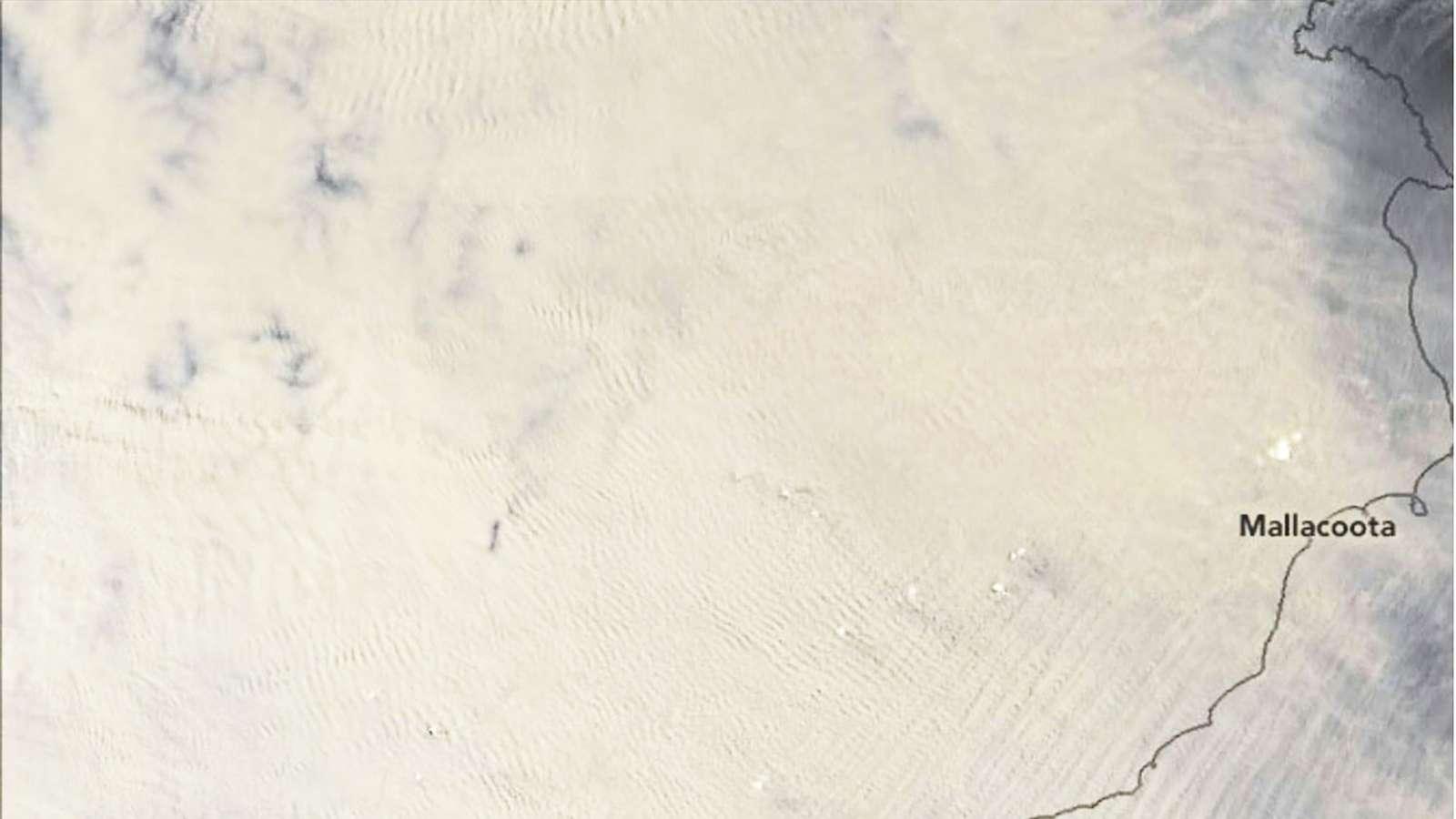 Satellittbilde fra romfartsorganisasjonen Nasa tatt av Sørøst-Australia 1.1 2020.