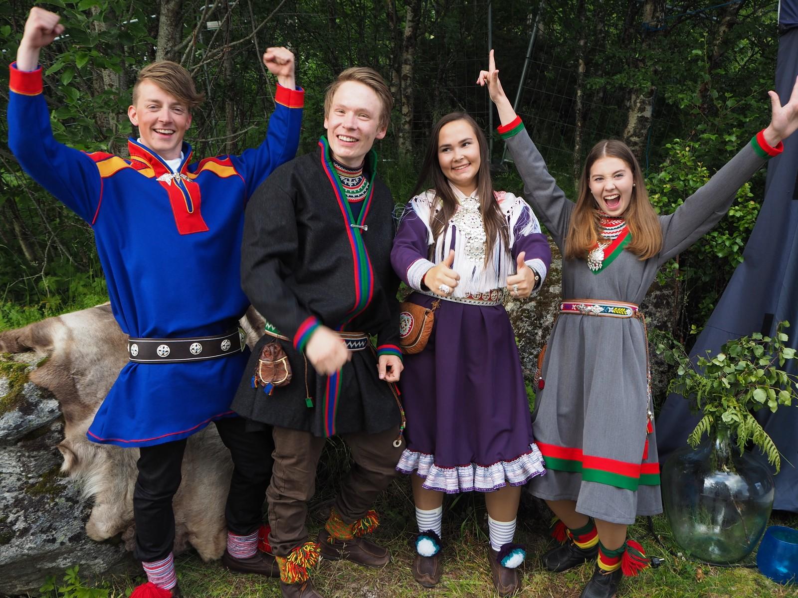 De nye veiviserne ble offentliggjort på Márkomeannu. Fra venstre: Leif Henrik Halvari, Dan-Jonas Danielsen Sparrok, Maren Benedicte Storslett og Anne-Marja Jannok Joma.