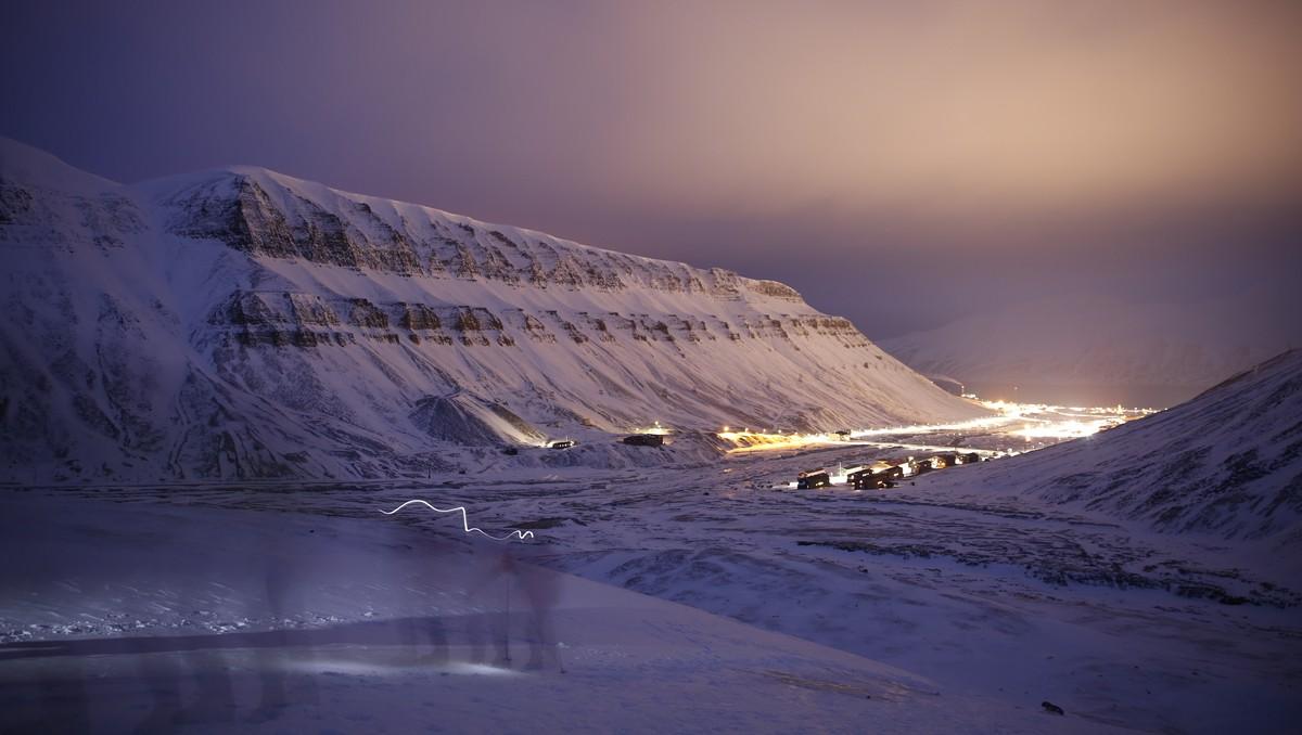 Longyearbyen i mørketid