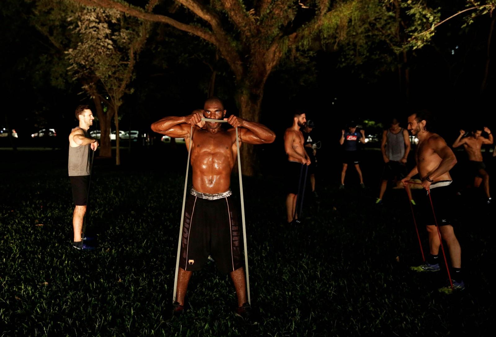 Stor treningsvilje i Ibirapuera-parken i Sao Paulo, Brasil.