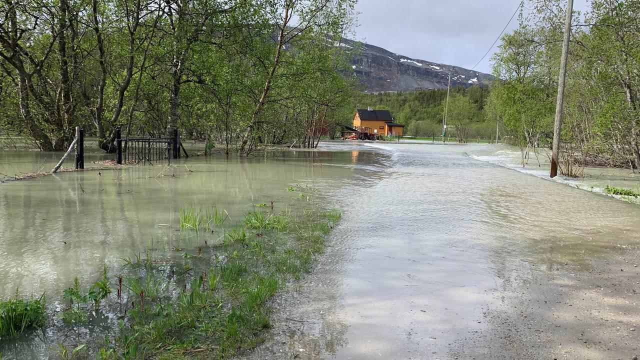 Oversvømt vei i Lakselv