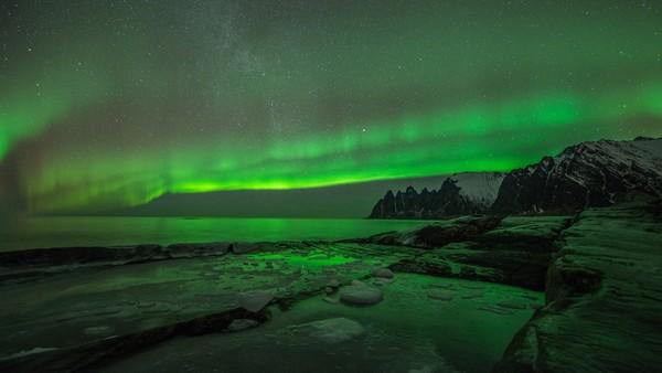 Aurora Borealis - en helaften under nordlyset