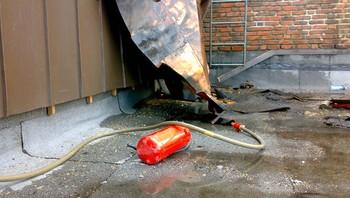 Brann på taket av sykehuset i Arendal