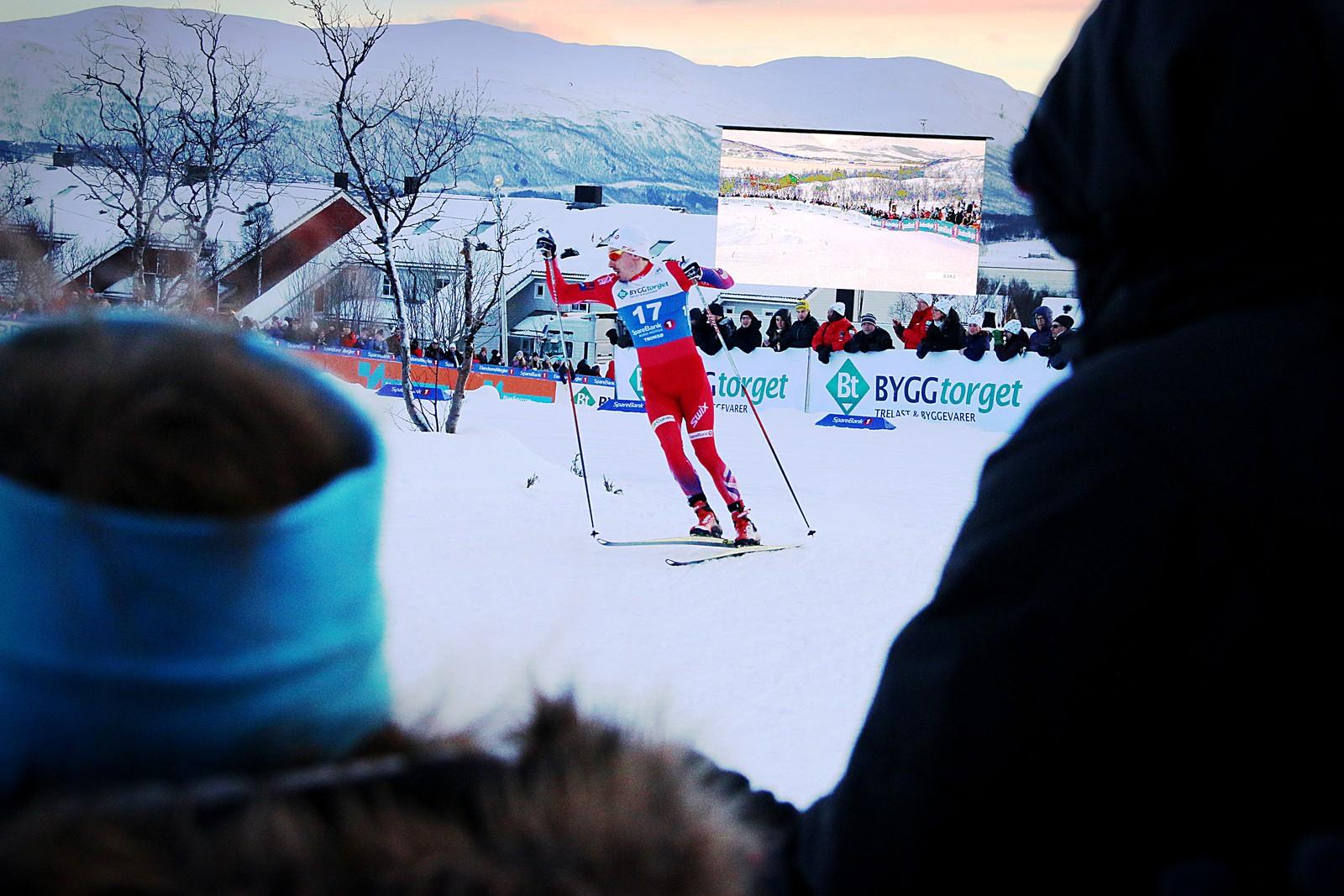 Finn-Hågen Krogh vant NM-sprinten enkelt. I kvartfinalen var han så overlegen i sitt heat at han måtte se seg tilbake etter konkurrentene.