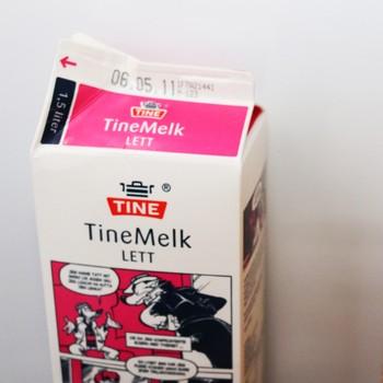 Melk og juice i kjøleskapet