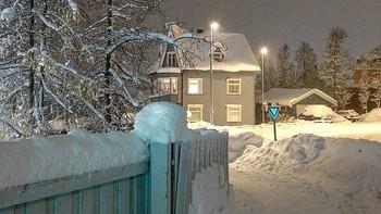 Aldri før har det vært så mye snø i Tromsø så tidlig i November.