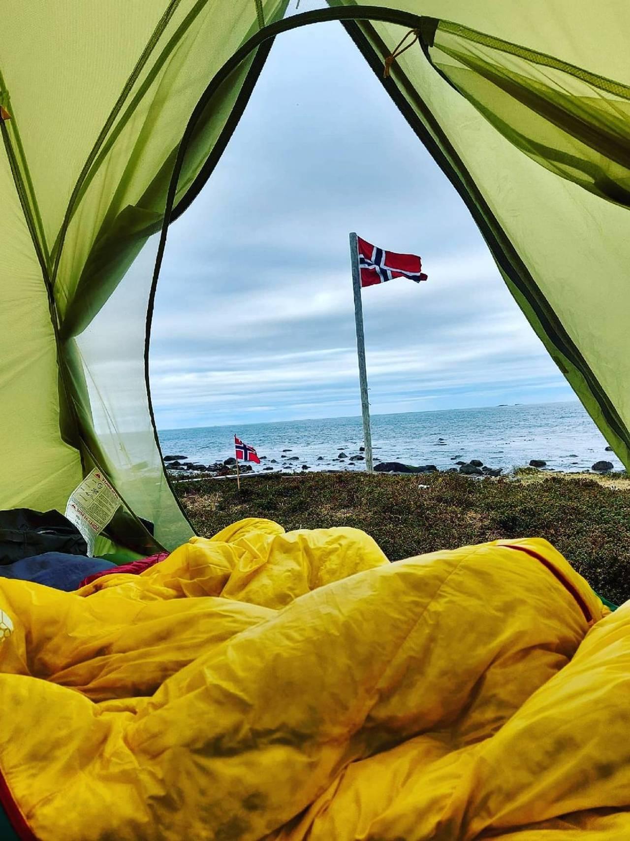 Våknet i telt på 17.mai
