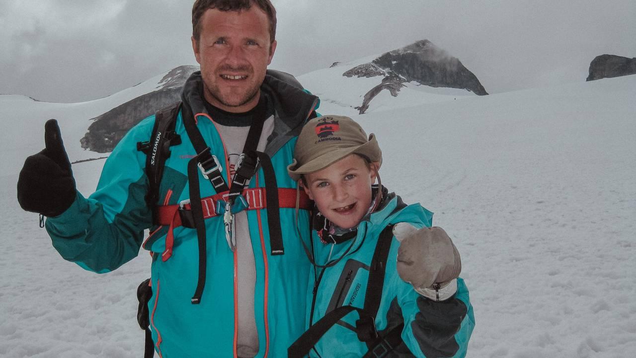 Thoralf Lian og Torgeir Djønne Lian på Galdhøpiggen