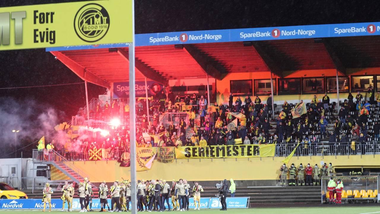 Bodø/Glimt er mestere i Eliteserien 2020, og slo Viking 3-0 i sin siste kamp på hjemmebane på Aspmyra stadion. Laget har satt mange rekorder dette året.