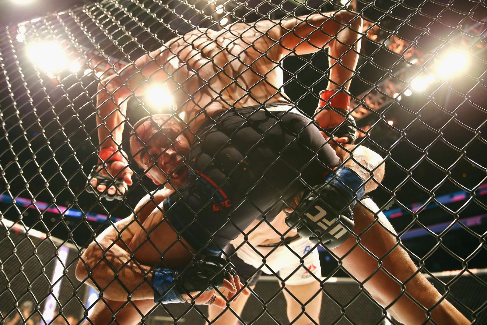 UFC MMA står for Ultimate Fighting Championship Mixed Martial Arts. Ligaen blir følgt av millionar av TV-sjåarar verda over.