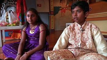 Dette er den eldste religionen vi kjenner til, og omlag en milliard mennesker er hinduer. De fleste bor i India og i Sør-Øst Asia.