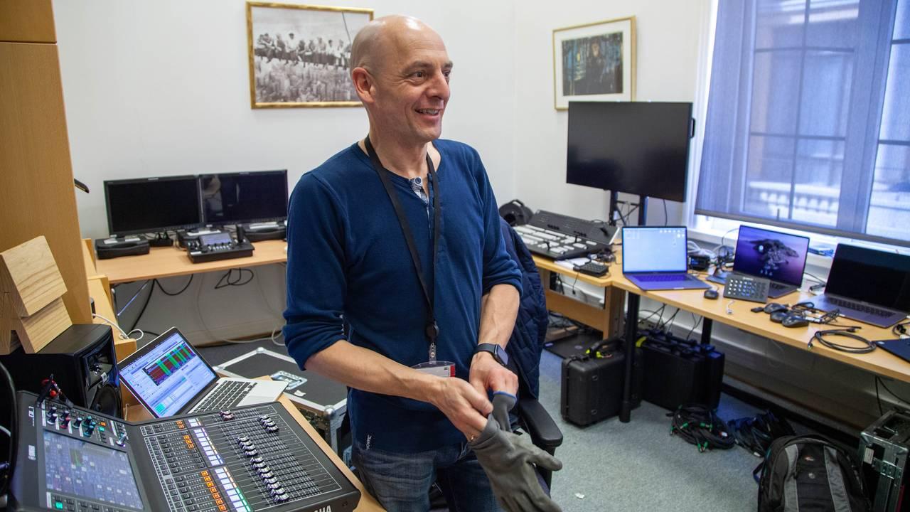 Jens Dreyer er lydtekniker og prosjektleder. Han er en av mange tusen som har vært langtidspermittert under koronakrisen.