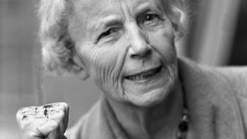 Elise Ottesen-Jensen (1886-1973), sosialarbeider, forfatter.