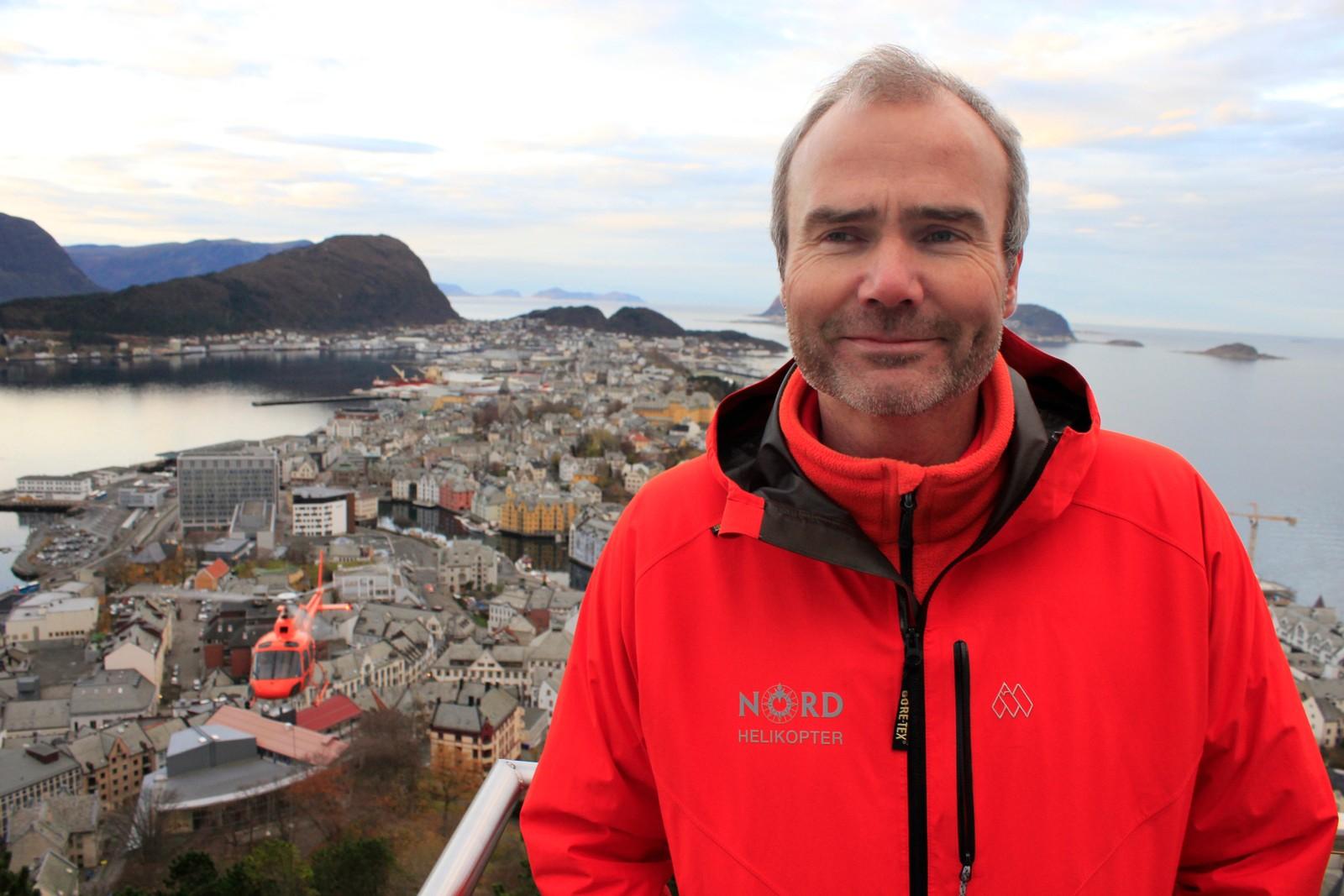 Torstein Grodås Standal er marknadssjef i Nord Helikopter.