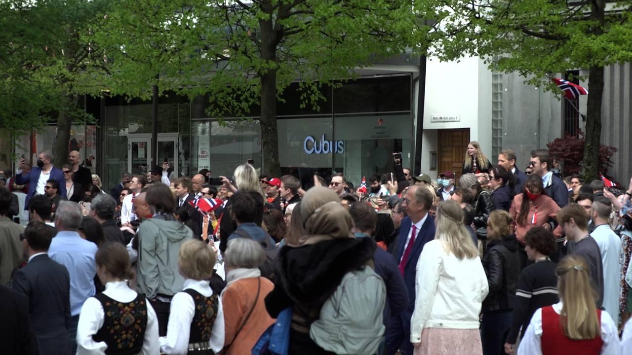 Folk i Bergen 17. mai