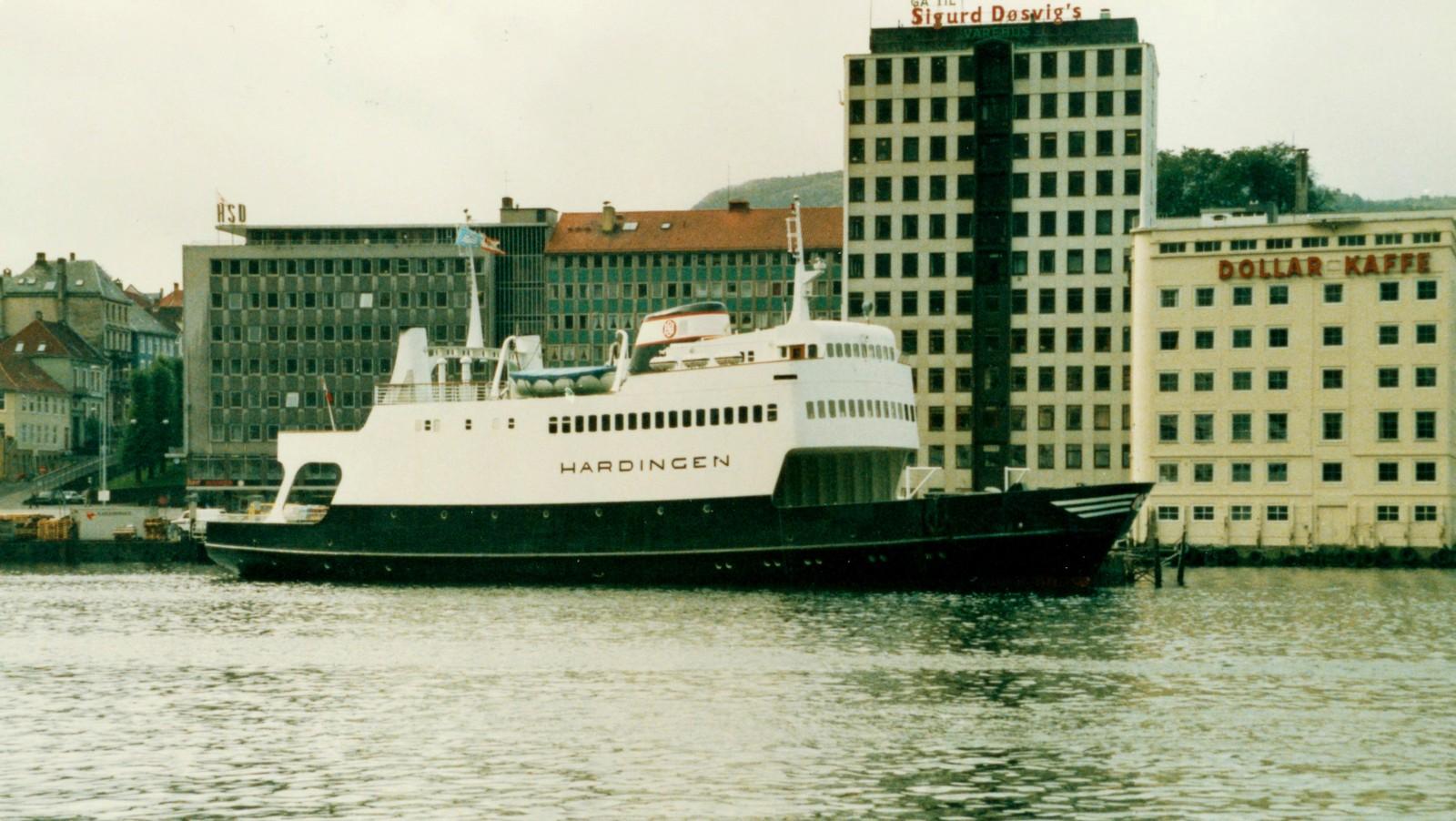 MF «Hardingen» i Bergen (1986)
